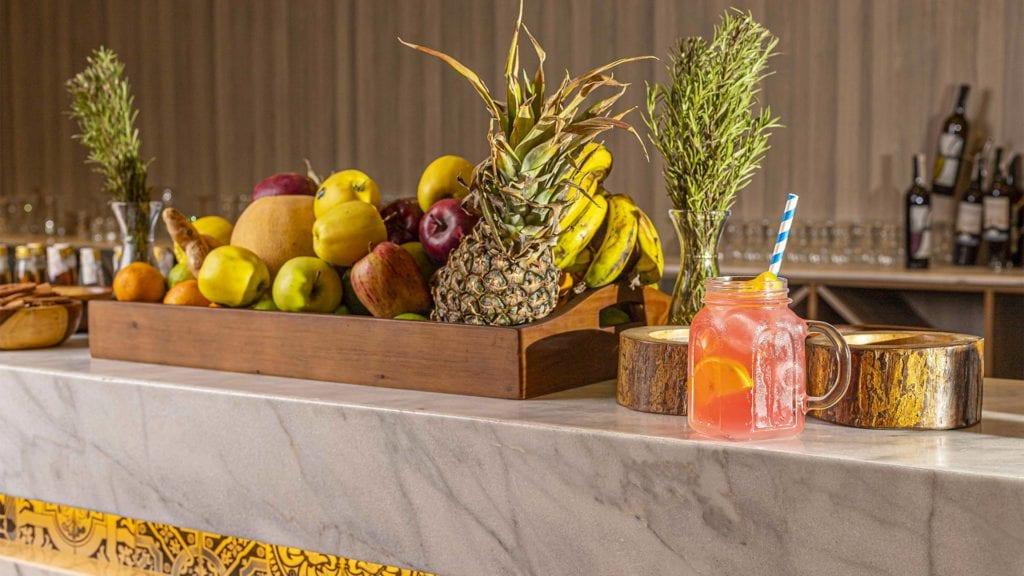 Turquoise Lobby Bar, Fruits